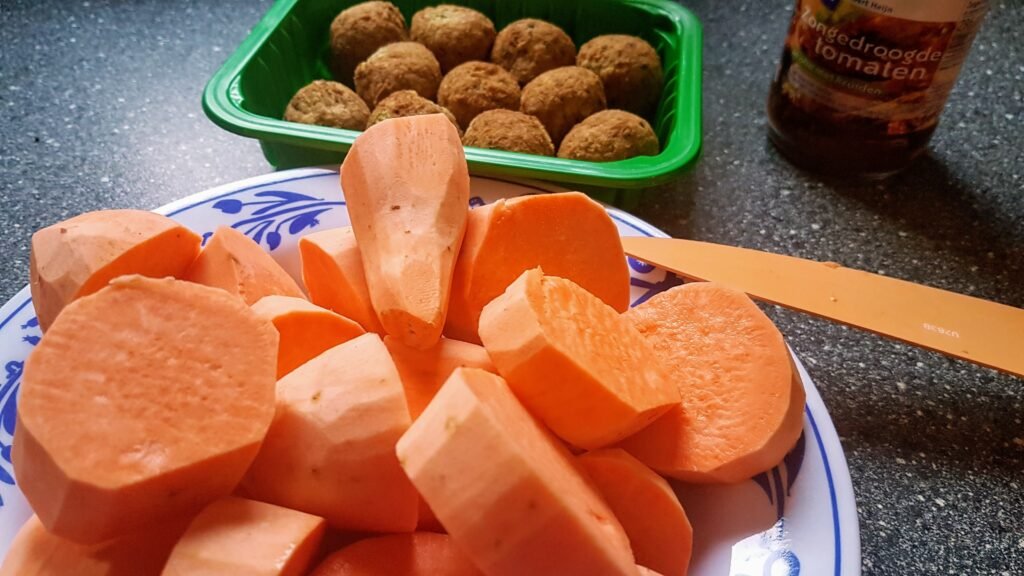 Zoete aardappel andijvie stamppot