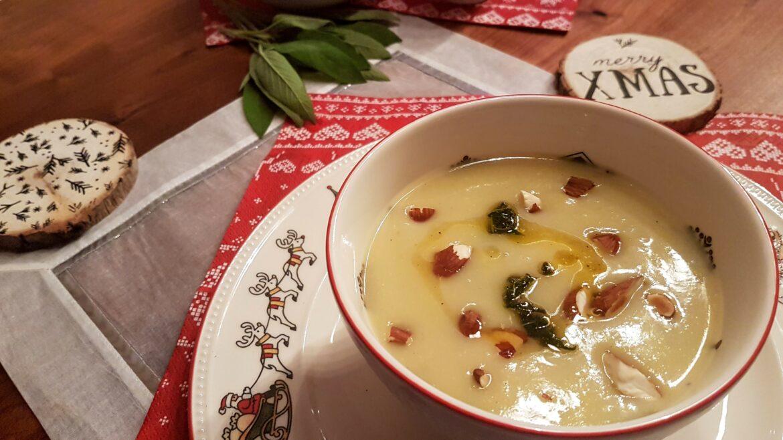 Kerstvoorgerecht: Pastinaaksoep met amandelen
